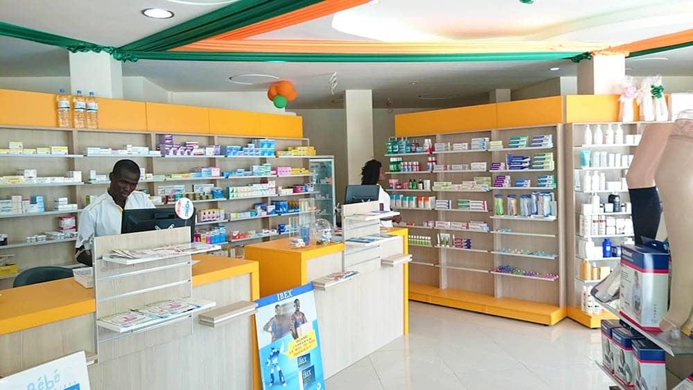 comptoir-et-presentoir-pharmacie-togo