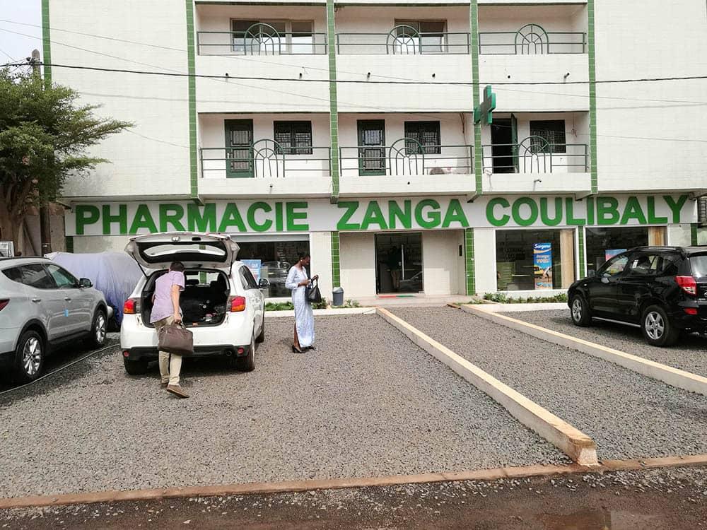 enseigne-pharmacie-zanga-coulibaly