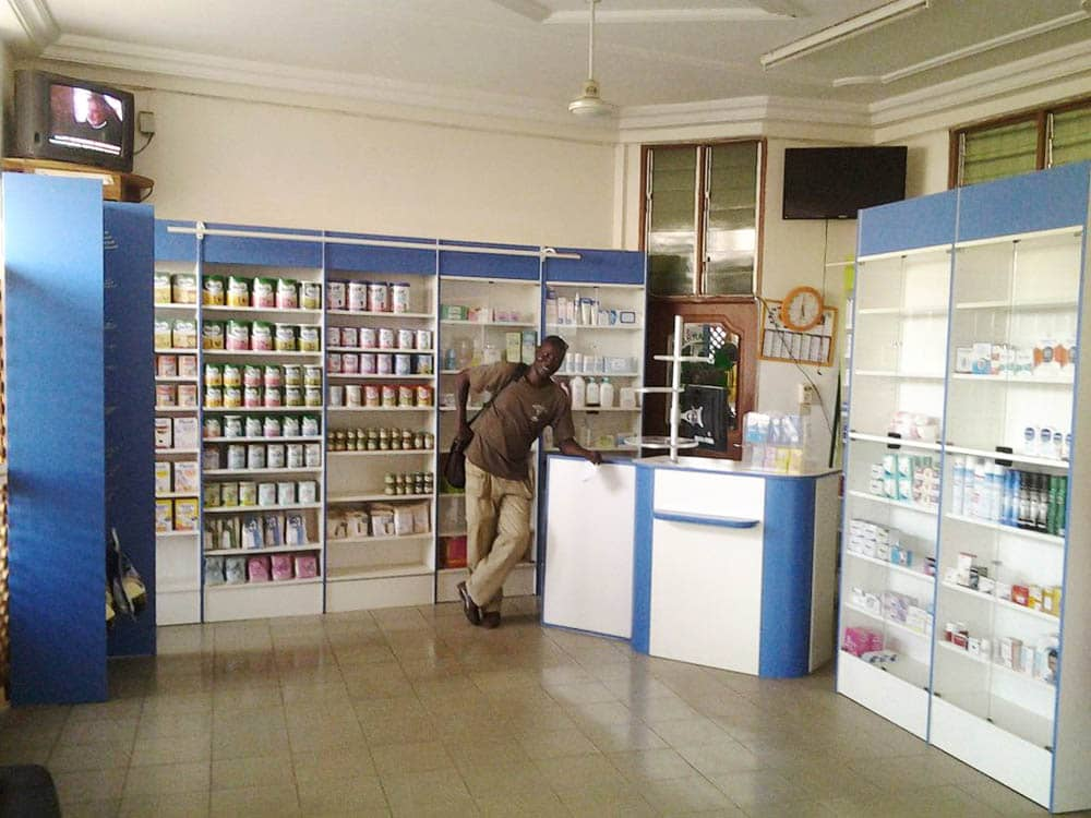 lineaire-bebe-pharmacie-togo
