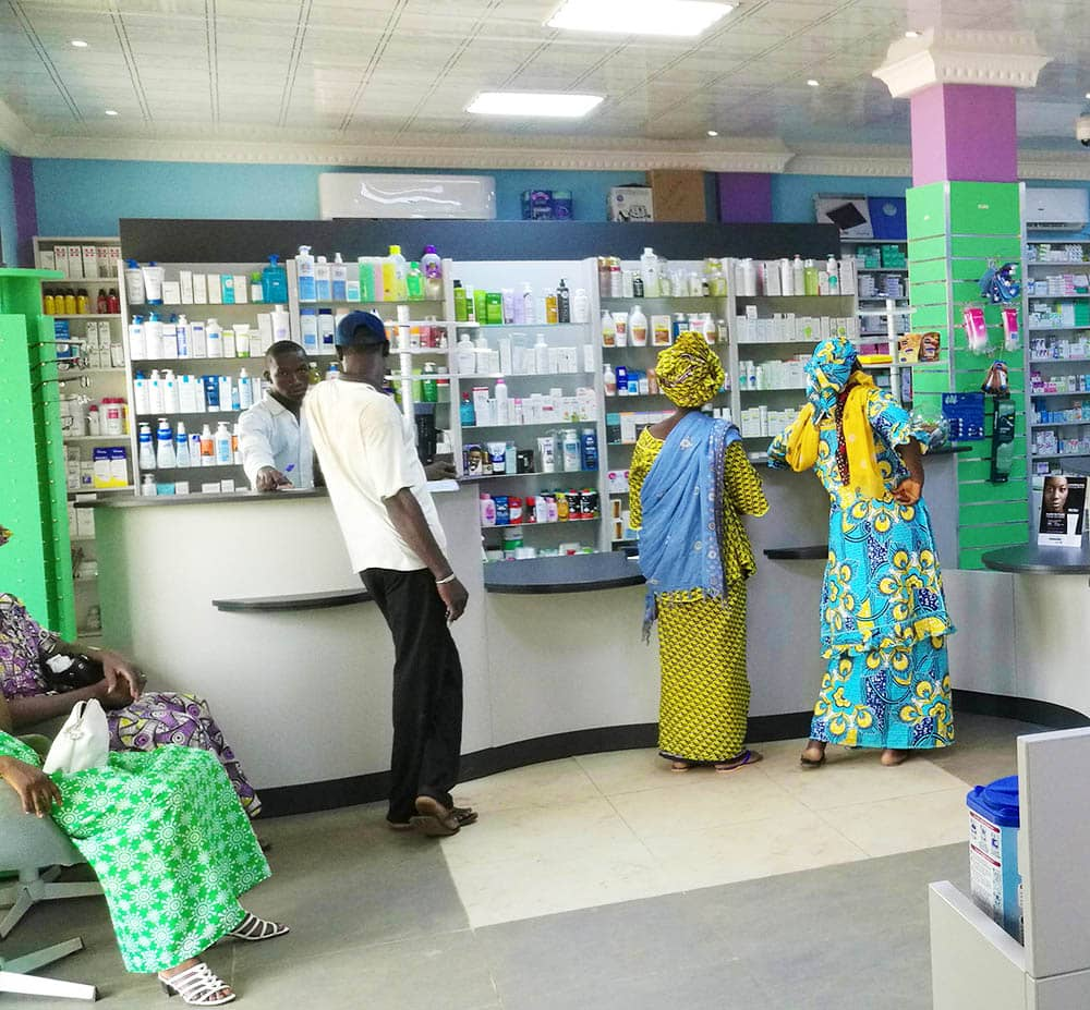 pharmacien-agencement-mobilier-mali