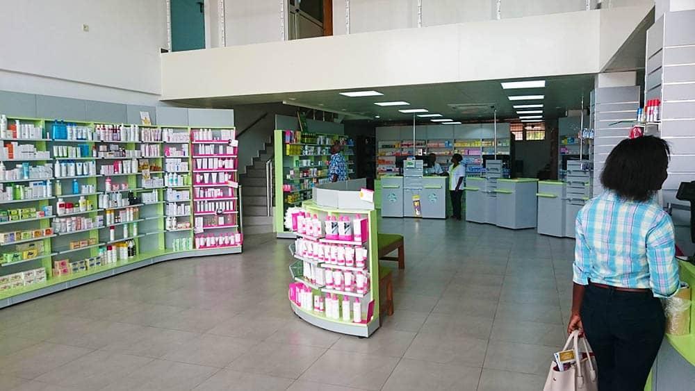 vue-d-ensemble-pharmacie-afrique